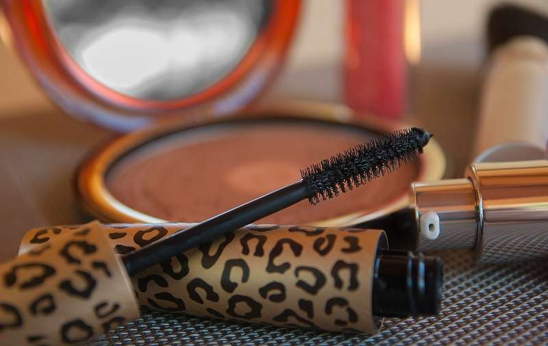 Wibo Cosmetics Queen Size Mascara Review