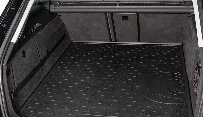 Rubber car boot mat liner