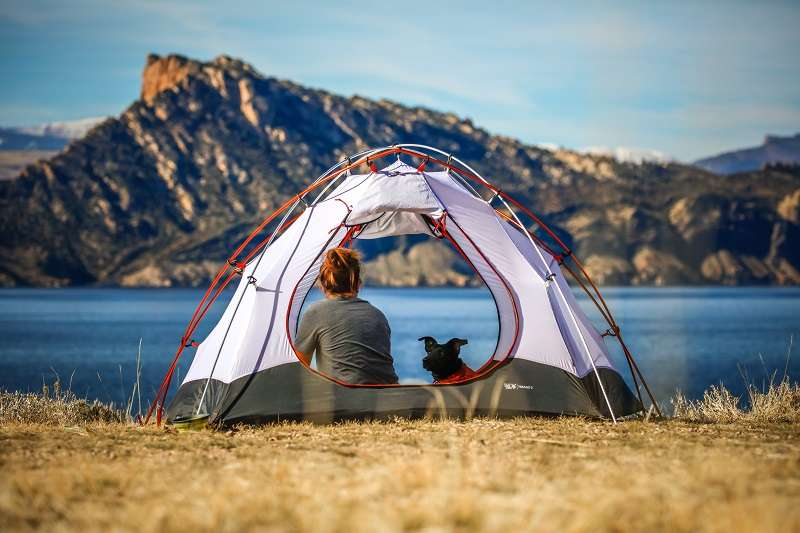 Camping equipment: tent