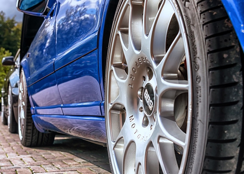 How long do car tires last?
